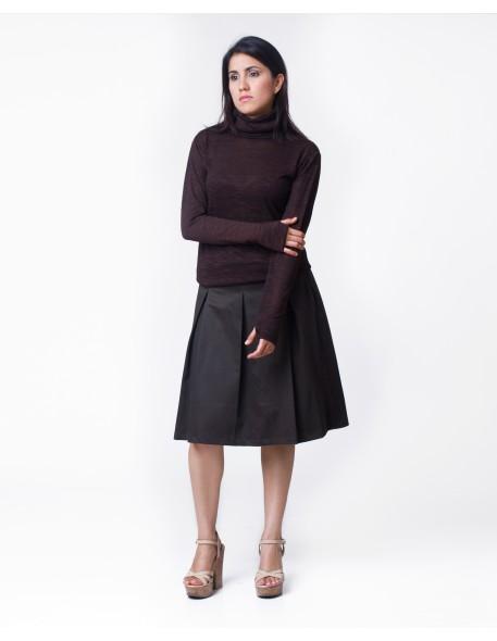 Falda midi con pliegues