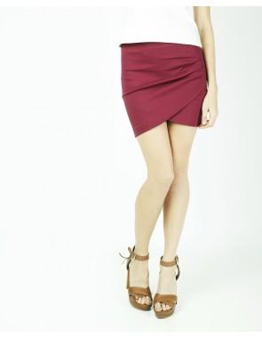 Minifalda cruzada con detalle de pliegues