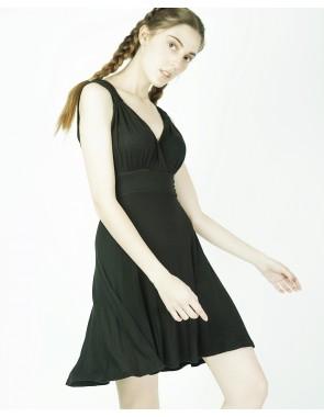 Vestido entallado de estilo romano