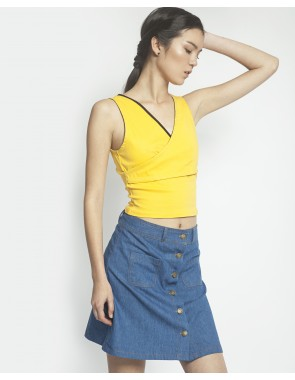 Cropped escote pico